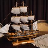 Macheta corabie cu panze (Corabie de razboi realizata din Lemn 48x44x11 cm ) #76