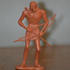 Figurina jucarie plastic om - maimuta cu arc, arcas, 9.5cm, om de Neandertal, - Miniatura Figurina