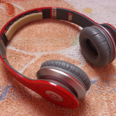 Casti Beats Solo HD ( lipsa partea de acoperire a capului )- perfect functionale, Casti On Ear, Cu fir, Mufa 3, 5mm, Active Noise Cancelling