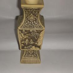 De colectie! Superba vaza foarte veche rasina Asia, peisaje relief ! - Arta din Asia