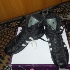 Adidasi Adidas dama tip gheata model nou marime 39 1/3 - Ghete dama Adidas, Culoare: Negru