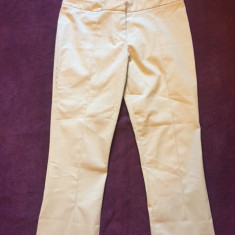 Pantaloni dama MIU MIU by PRADA, mas. 40, Culoare: Bej, Trei-sferturi, Bumbac