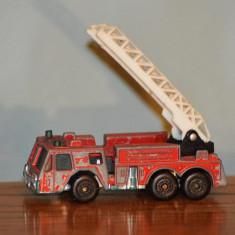 Macheta masinuta metal masina de pompieri/ firenegine, 1982 Matchbox, Macau