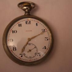 CEAS VECHI DE BUZUNAR -SWISS MADE-MARCA ZENITH-D=5, 5CM-FUNCTIONEAZA BINE. - Ceas de buzunar vechi