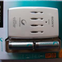 Sony QuickRefreshCharger + 4xAA 2500 (BCG34HRE4N) - Incarcator Aparat Foto