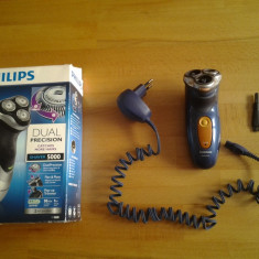 Philips PhiliShave HQ 7830 - Aparat de Ras Philips, Numar dispozitive taiere: 1