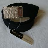 Curea panza de culoare neagra cu catarama metalica argintie cu pietricele multe - Curea Barbati, Marime: Marime universala, Culoare: Din imagine