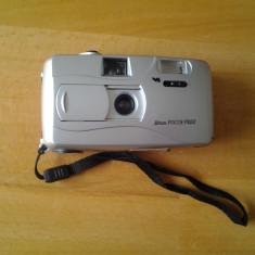 3 SUISSES, aparat foto cu film