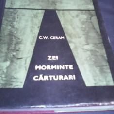 ZEI MORMINTE CARTURARI C.W.CERAM 1968, CARTONATA SUPRACOPERTA 376 PAGINI - Carti Samanism