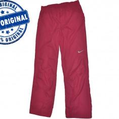 Pantalon dama Nike Sports Club - pantaloni originali - Pantaloni dama Nike, Marime: L, Culoare: Visiniu, Lungi, Poliester