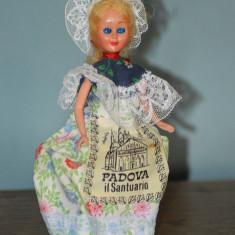 Papusa vintage costum folcloric, etno, rustic de la sanctuariul din Padova 17cm