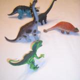 Jucarii - 5 figurine dinozauri de cauciuc dens si plastic