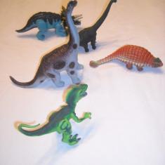 Jucarii - 5 figurine dinozauri de cauciuc dens si plastic - Figurina Dinozauri Altele