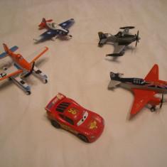 Disney Pixar Planes - 4 figurine Avioane de metal + fulger McQueen - Avion de jucarie