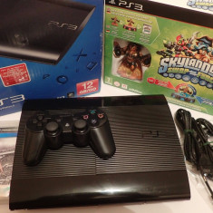Consola Sony PS3 UltraSlim 12Gb complet in cutie, joc Skylanders sigilat +Fifa13 - PlayStation 3