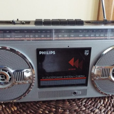 Radio casetofon PHILIPS D 8054