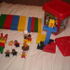 Lego Duplo - 130 piese de construit + galeata pentru depozitare
