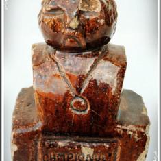 STATUETĂ ROMÂNEASCĂ VECHE DIN CĂRĂMIDĂ DE TERACOTĂ - CAMPIONUL, STRAVA ANA 1977! - Arta Ceramica