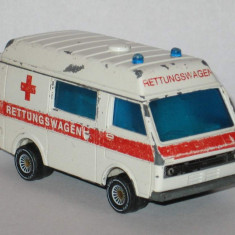 Siku - VW LT 28 Ambulanta - Macheta auto Alta