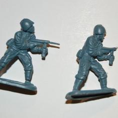 #10 Lot 2 figurine soldati armata, cca 5cm, plastic, colectie, diorama