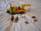 Playmobil City 5270 - Masina de ridicat masini a politiei americane, Plastic