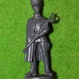 Figurina miniatura soldat, plastic, 7cm, gri inchis, ofiter