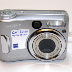 Aparat foto digital Sony DSC S-60(1598) - Aparat Foto compact Sony, Compact, Sub 5 Mpx