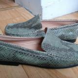 Pantofi din piele firma Bata marimea 38, sunt noi!