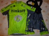 echipament ciclism complet Tinkoff verde fluo set pantaloni tricou