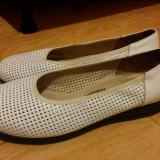 Sandale din piele marimea 38,arata ca noi!