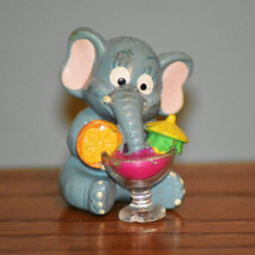 Figurina surpriza ou kinder elefant/ elefantel cu cocktail, FERRERO, 3.5cm - Figurina Animale