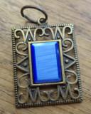 Pandantiv bronz,  cabochon ochi de pisica, albastru