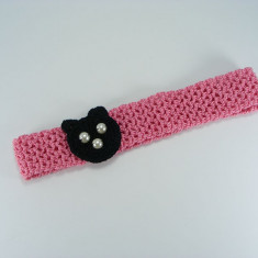 Bentita roz cu ursulet negru de fetite crosetata manual Buticcochet
