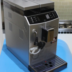 Espressor Saeco Lirika PLUS - Espressor automat Saeco, Cafea boabe, Cafea, 15 bar, Peste 2 l, 1450 W