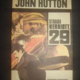JOHN HUTTON - STRADA HERRIOTT 29
