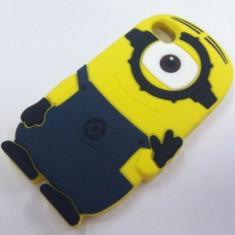 Husa silicon MINION Iphone 6 4,7 antisoc + folie protectie ecran