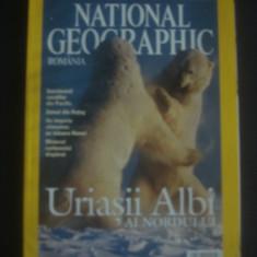 REVISTA NATIONAL GEOGRAPHIC  LUNA FEBRUARIE 2004