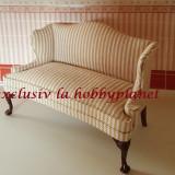 Canapea inalta tapitata din lemn furnir de nuc -miniatura