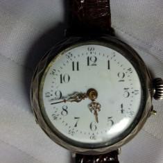CEAS VINTAGE DIN ARGINT - INCEPUT DE 1900 -GRAVURA MANUALA -STARE DE FUNCTIONARE - Ceas de mana