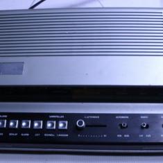 Radio ceas vechi german anii 70 Universum Quelle FM functional - Aparat radio