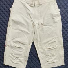 Pantaloni ¾ Nike; marime 36, vezi dimensiuni exacte; impecabili - Bermude barbati, Culoare: Din imagine