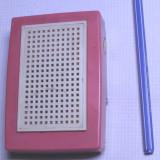Radio rusesc vechi de colectie extrem de rar 4  tranzistori ; este functional