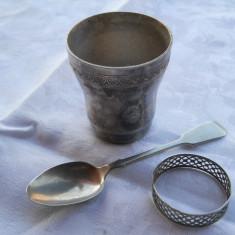 Set botez vechi Pahar Lingurita si Inel Servet marcat patina minunata - Metal/Fonta