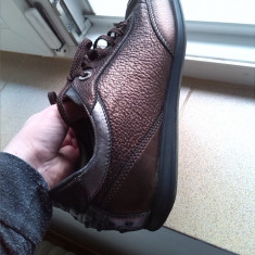 Pantofi sport piele bronz tod's marime 37 - Pantof dama