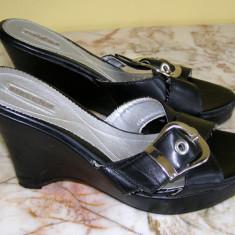 Papuci dama marca Taxi marimea 36 (Q136_1)