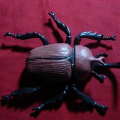 2 Figurine plastic turnat - Insecte, L= 12, 5 si 10, 5 cm - Miniatura Figurina