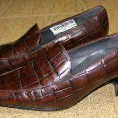 Pantofi dama marca Ara interior exterior piele marimea 4 1/2 ( echivalent 37.5 european ) (P224_1)