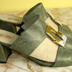 Papuci dama marca Olympic marimea 38 (P497_1)
