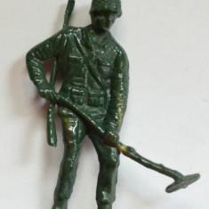 Figurina plastic, soldat, militar - anii '80 - Miniatura Figurina