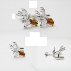 Butoni camasa model CERB tematica vanatoare argintii  + ambalaj  cadou